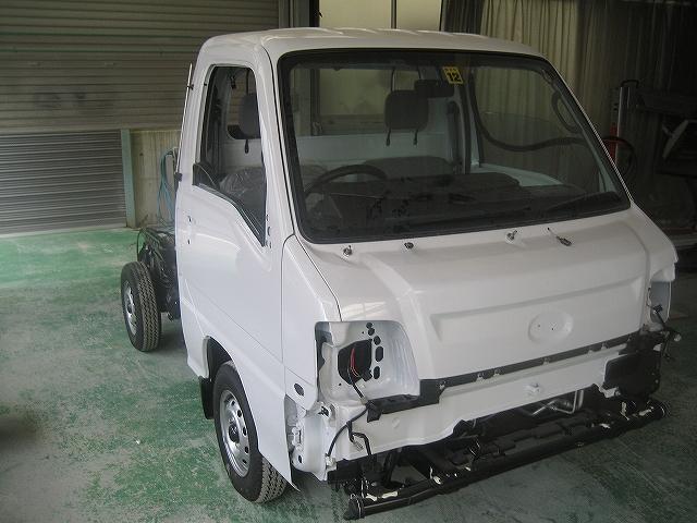 SUBARU サンバートラック(新車) クリヤー塗装